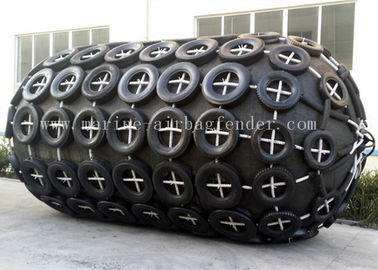 D2.5m x L5.5m Yokohama Pneumatic Fender For Boat To Port Berthing